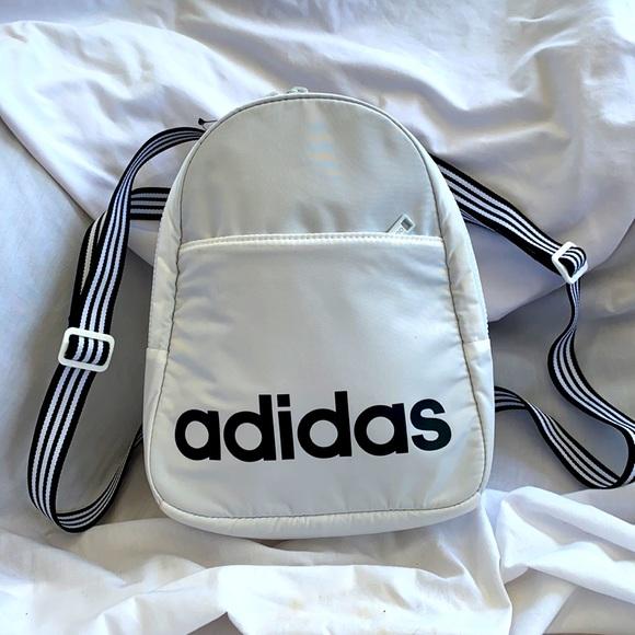 Adidas Mini Core Backpack 🎒
